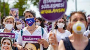 Turkish women protest